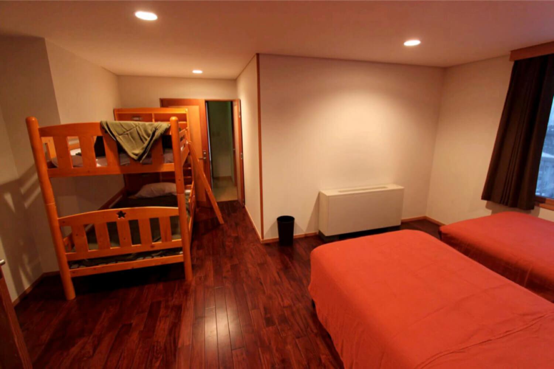 Home Run 2 Bedroom Apartment Samuraisnow