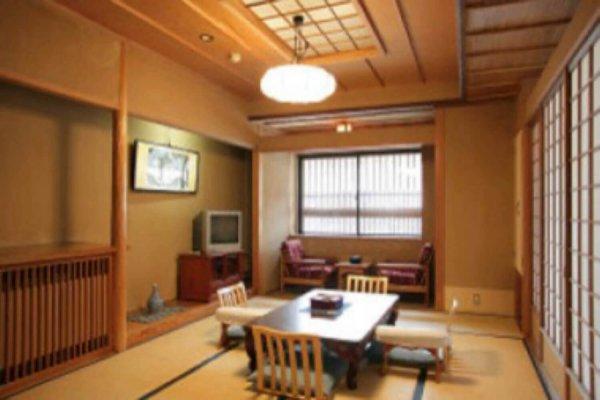 tokiwaya ryokan deluxe japanese tatami room